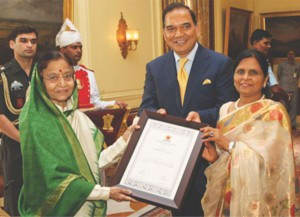"Receiving the Citation of ""Samaj Ratna"" in 2012 from Honorable President of India SmtPratibha Devi Singh Patil at RashtrapatiBhavan, New Delhi"
