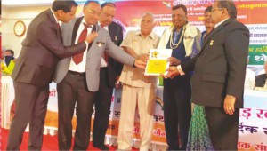 Vinod Vadala felicitated at the event